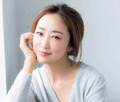 神崎恵の現在は再婚で離婚歴あり!昔から美人でグラビアやスキャンダルもすごかった!